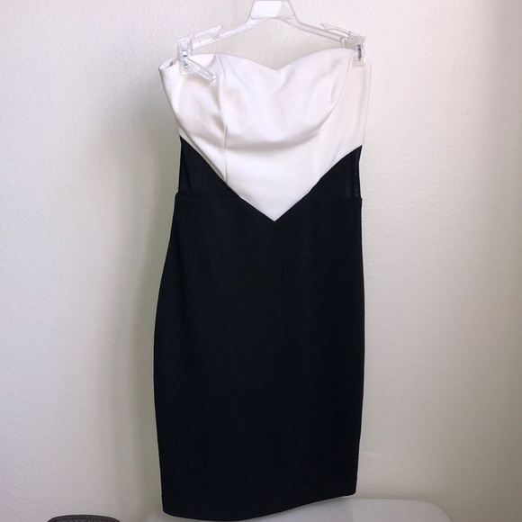 Ark & Co Dresses & Skirts - Ark&co sweetheart dress cut out sides
